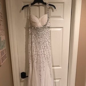 white prom/formal dress